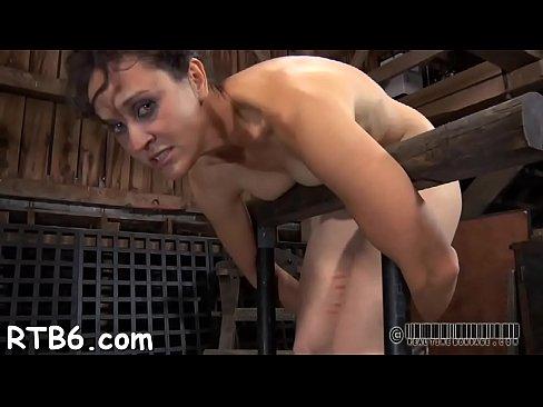 Seks slavin moet als een gek poepen